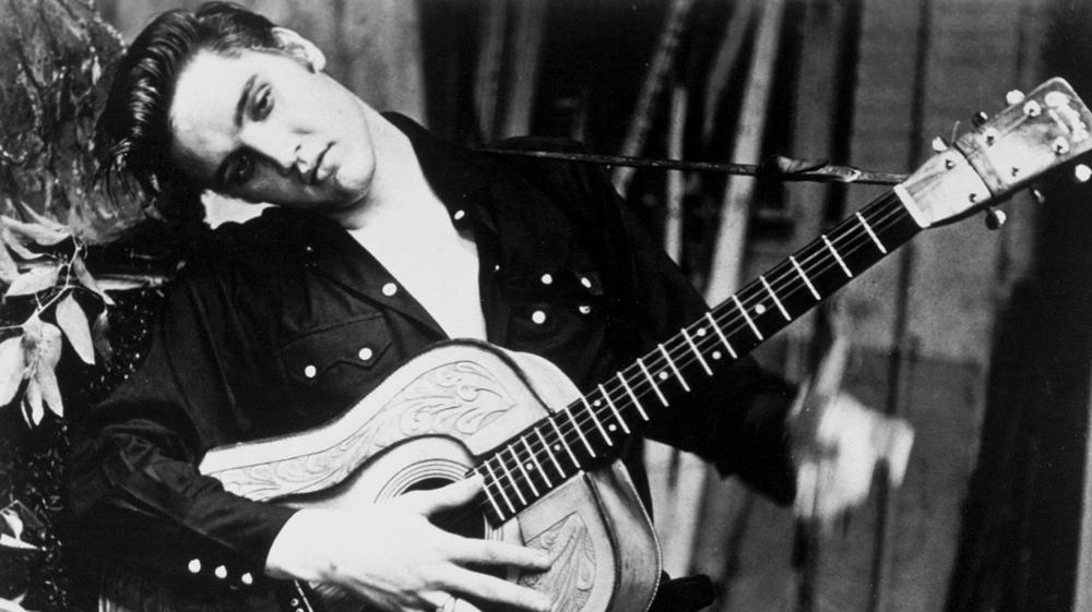 «Elvis Presley était un romantique plus qu'une bête de sexe»