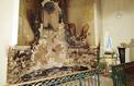 Émoi après l'incendie de l'église de Fontainebleau