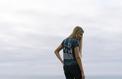 Contre la mode jetable, deux Français font des vêtements avec des déchets