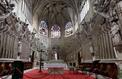 La cathédrale de Condom vandalisée, une statue de Saint-Pierre brisée