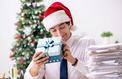 Noël au bureau : peu de cadeaux pour les collègues, beaucoup pour les clients !