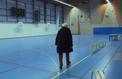 Migrants : colère après la réquisition d'un gymnase de l'Ouest parisien