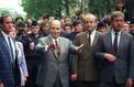 En 1990, François Mitterrand marchait contre l'antisémitisme