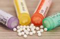 L'homéopathie sous le tir groupé des Académies