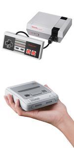 Les rééditions de la NES Mini (en haut) et de la Super NES Mini (en bas)
