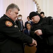 Ukraine : deux hauts dirigeants arrêtés en direct à la télévision