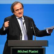 Michel Platini s'agace, jugeant «bêtes» les questions des journalistes