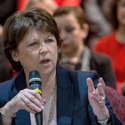 Devant ses troupes, Martine Aubry lâche ses coups contre Manuel Valls