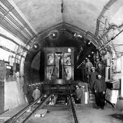 En mai 1900, Le Figaro dévoile les premiers wagons du métro