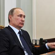 Vladimir Poutine gagne moins que la moitié de ses ministres