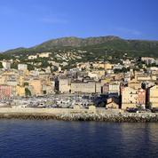 Les terrasses de Bastia brièvement évacuées par crainte d'un tsunami
