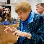 Procès Gröning : la main tendue d'une survivante à l'ancien nazi