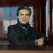 Jean-Pierre Marois, hôtelier dans le bain