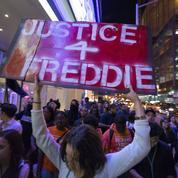 Baltimore : témoignages contradictoires sur les causes de la mort de Freddie Gray