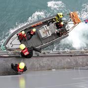 En mer, à la recherche des migrants