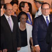 Hollande en visite «historique» à Cuba