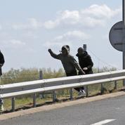 Tentative d'intrusion massive des migrants à Eurotunnel