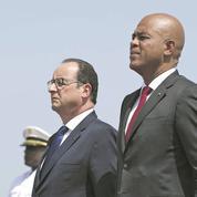En Haïti, Hollande tente de réparer sa maladresse