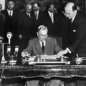 Le pacte de Varsovie est signé le 14 mai 1955