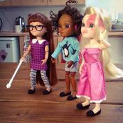 Un fabricant de jouets lance des poupées atteintes de handicap ou de singularité physique