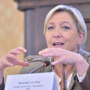 Collèges : le FN «maintient la pression» sur la réforme «du couple Valls-Vallaud Belkacem»