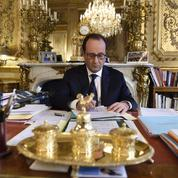 Hollande célèbre «l'esprit de résistance»