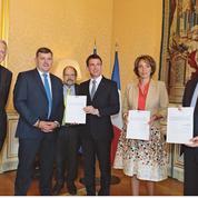 Pénibilité: Valls corrige un peu le dispositif
