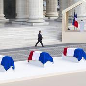 Au Panthéon, Hollande exalte «la résistance» face à «l'indifférence»
