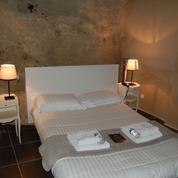 Une nuit dans un nouvel hôtel troglodytique en Anjou