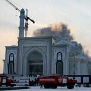 Le Kazakhstan lutte contre la radicalisation grâce au théâtre
