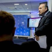 Loi Macron: en soutenant le 49-3, Gattaz fait un bras d'honneur au dialogue social