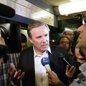 Dupont-Aignan sature le RER en voulant dénoncer les conditions de transport