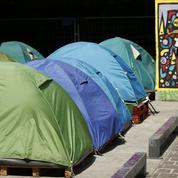 Migrants: le plan Cazeneuve jugé «timoré»