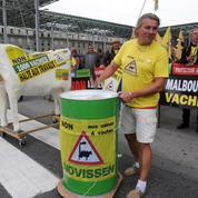 Ferme des 1000 vaches: un procès sous tension à Amiens