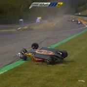 Un accident en formule 3 se transforme en figure de style