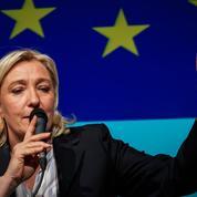 Marine Le Pen lance la bataille régionale depuis Arras