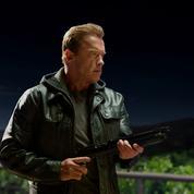 Schwarzenegger pulvérise un fan homophobe