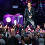 Johnny Hallyday démarre une tournée rock et solide