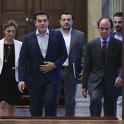 À Athènes, Tsipras brandit la carte de l'unité nationale