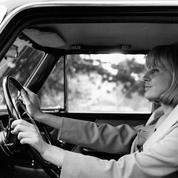 Il y a 50 ans: mettre sa ceinture de sécurité ou... bien conduire ?