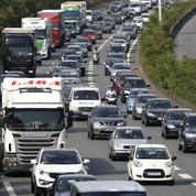 Après une journée noire sur les routes, la circulation se fluidifie