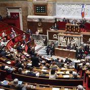 Droit des étrangers : un amendement divise le gouvernement et l'opposition