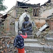 Au Népal, la vie dans les ruines