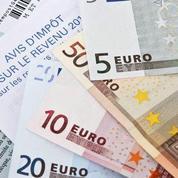 Après avoir allégé leurs salaires, Hollande veut simplifier les fiches de paie des Français...