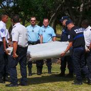 Débris d'avion : les indices convergent vers le vol MH370