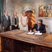 Les indépendantistes catalans relancent le bras de fer avec Madrid