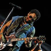 #PenisGate : Lenny Kravitz devient la risée du Web... et s'en amuse