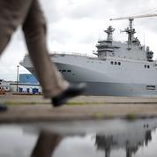 La droite critique la non-livraison des navires Mistral à la Russie