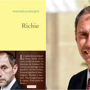 Grasset et Raphaëlle Bacqué assignés en justice pour Richie