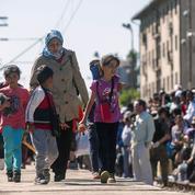 L'afflux de migrants pousse Paris et Berlin à réagir